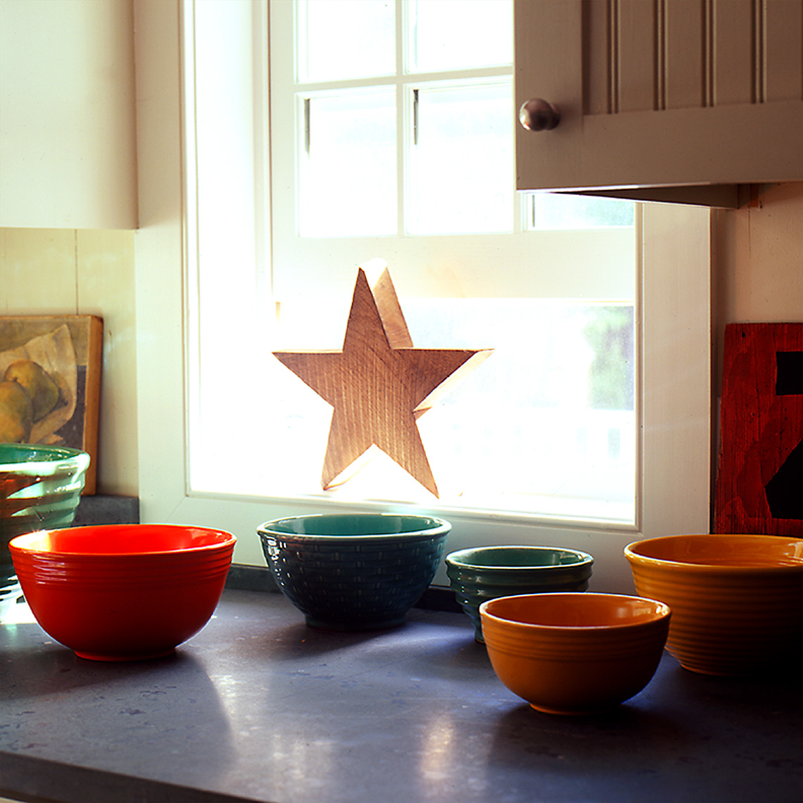 bowls_and_star on kitchen counter