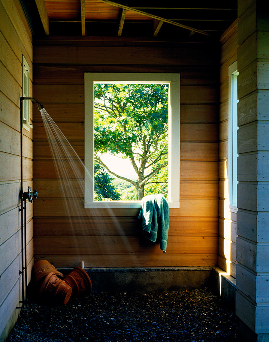 outdoor_shower with towels