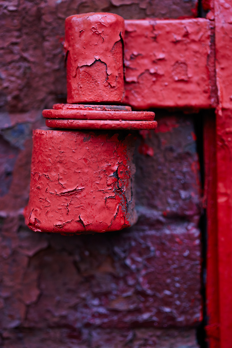 red_hinge_folio